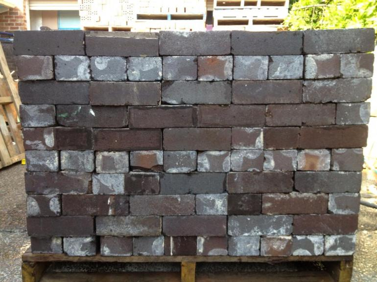View Photo: Seconds Bricks with Blue Backs