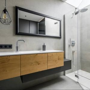 View Photo: Frameless Shower Screens
