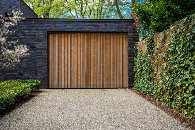 Read Article: 3 Ways to Switch Up Your Garage Doors