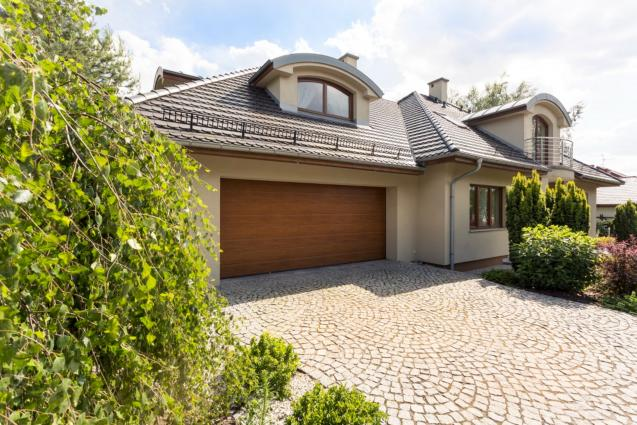 Read Article: Top 4 Garage Door Safety Tips Every Family Should Know