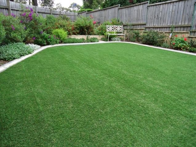 View Photo: AOL Artificial Lawn