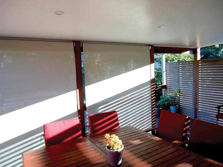View Photo: Outdoor Bella Vista Shade Blinds