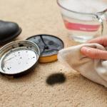 How Rubbing Alcohol Is Used For Shoe Polish Removal?