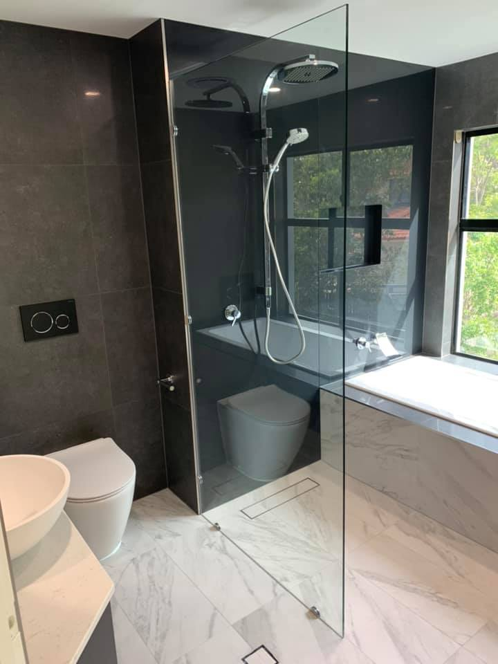 View Photo: Acid-etched Frameless ShowRecently installed, a 10mm acid etched frameless shower screen. Acid etched glass is a perfect product to create more privacy in your bathroom. ??er Screen