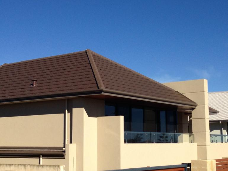 View Photo: Clay Roof Tiles - La Escandella Collection - Planum Range