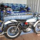 View Photo: Transport a motorcycle in a shipping container