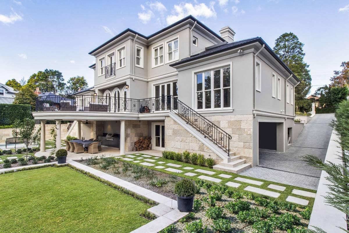 View Photo: Pymble House - A Multi-Level Custom Home
