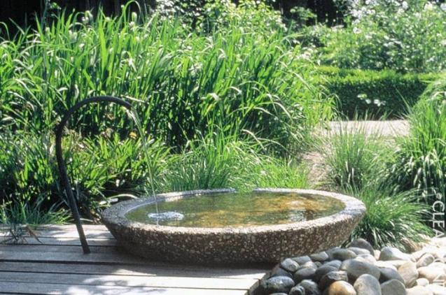 Clearpond ponds fountains water features perth wa - Swimming pool water features perth ...