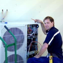View Photo: Ducted System Compressor Unit Installation