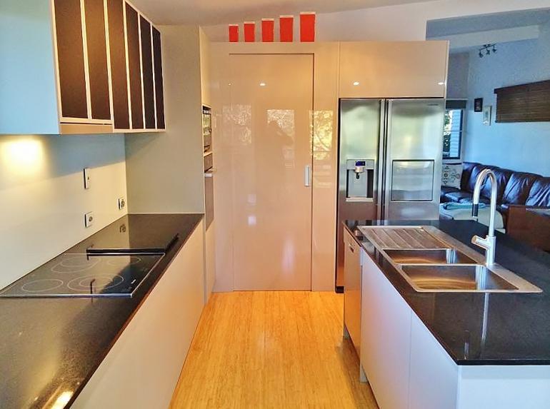 View Photo: insync kitchens LATEST KITCHEN DESIGN