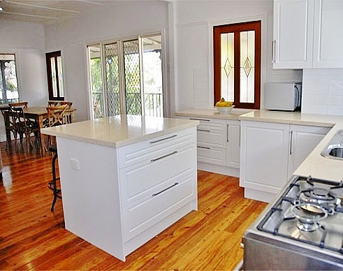 View Photo: traditional kitchen designs