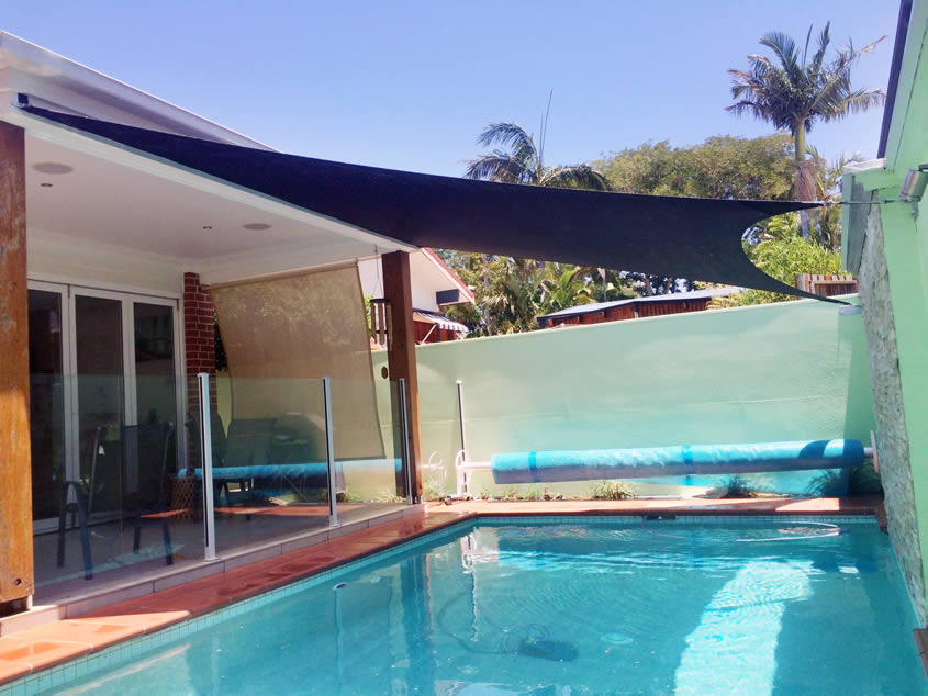 View Photo: Pool Shade SAil