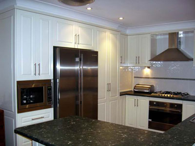 View Photo: Contemporary Kitchen