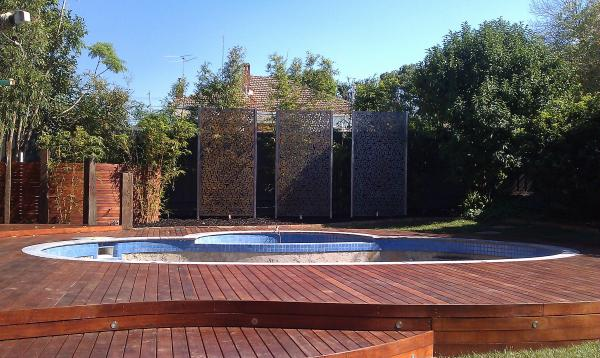 Curved decking and screens