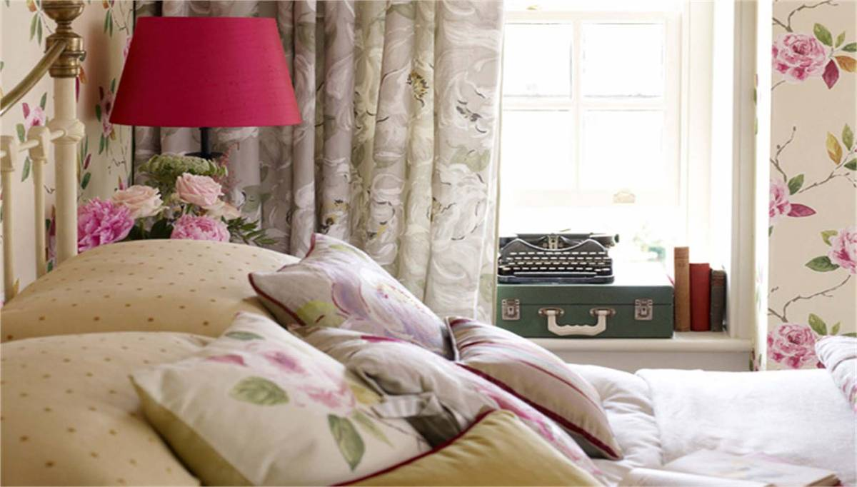 View Photo: Bedroom Accessories