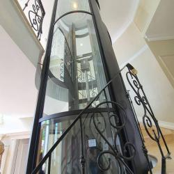 View Photo: Rounded Residential Lift