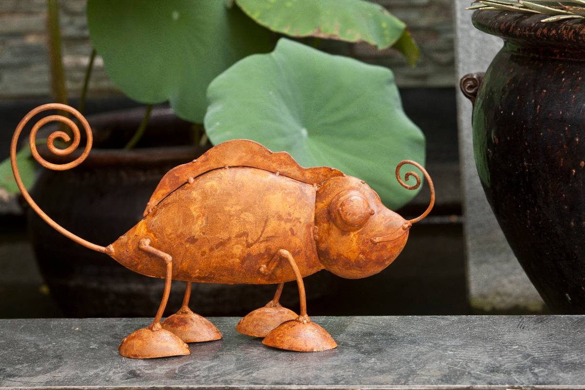 View Photo: Rusty Metal Animal Garden Art