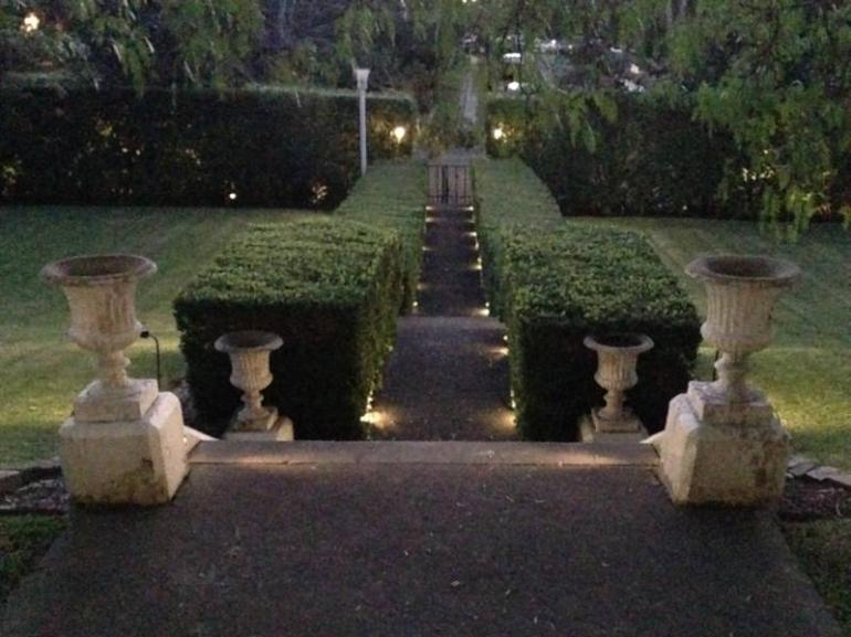 View Photo: Landscape lights 1