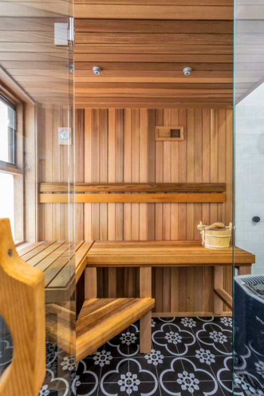 Inbuilt sauna.