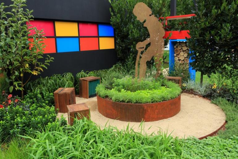 Great Corten Planted