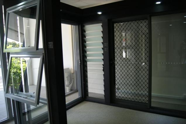 View Photo: Aluminium Residential S100 Section - Alexandria Showroom