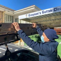 View Photo: Gutter Cleaning during the COVID crisis
