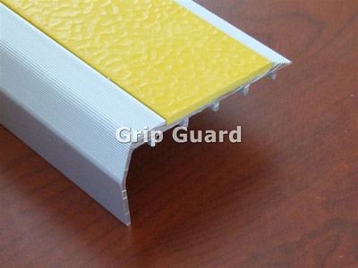 View Photo: Yellow polymeric insert R-10 Slip Resistance Rating