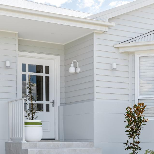 Read Article: Oak & Orange's EPISODE 1 Façade & Alfresco Reveal ~ Dream Home 6 Cosy Country Cottage