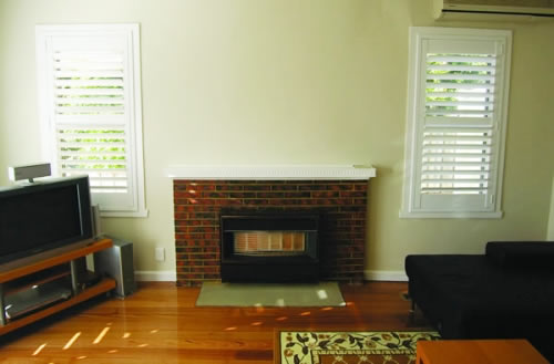 View Photo: Plantation shutters Lounge room