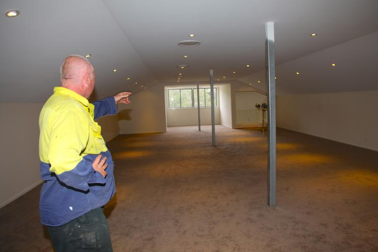 Owner Builder Wayne And His Man Photo Intellichoice