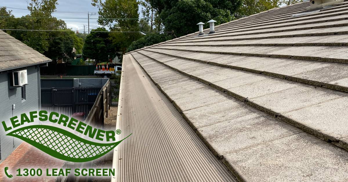 View Photo: LEAFSCREENER® providing gutter protection