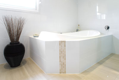 View Photo: Bathroom Spa Bath