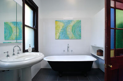 View Photo: Classical Bathroom