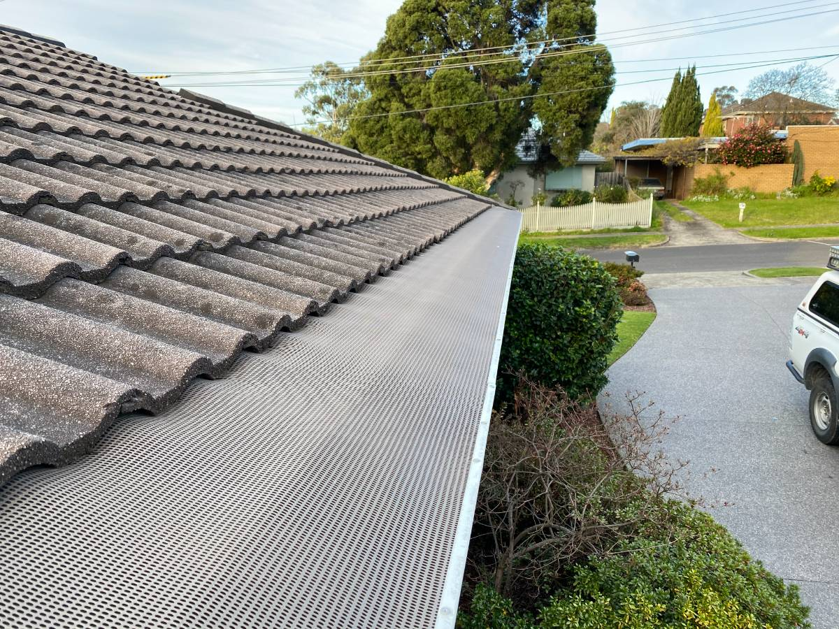 View Photo: Leafbusters gutter guards
