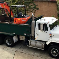 View Photo: 4/T Kubota Excavator & 12/T Tipper Truck