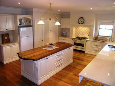 View Photo: Large Kitchen in Vanilla and Chocolate