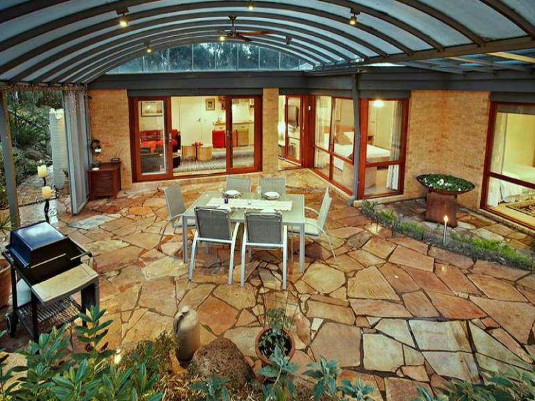 View Photo: Covered Patio