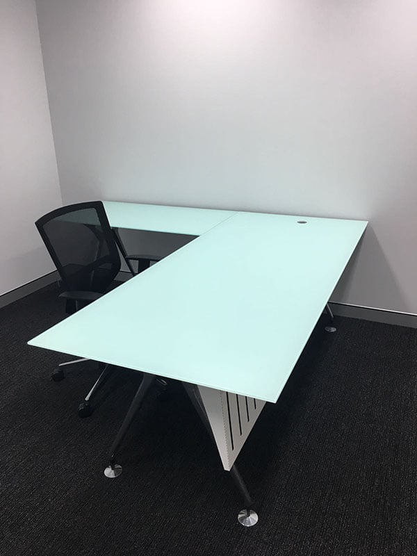 10mm Toughened White Back Painted Glass Top