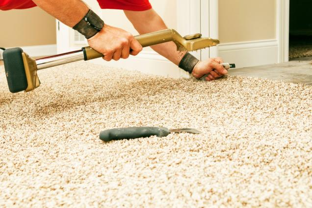 How to Remove Cigarette Burns from Carpet