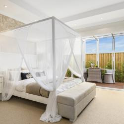 View Photo: Master Suite | Seaside Retreat 16