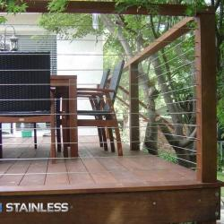 View Photo: Deck balustrade