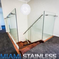 View Photo: Glass and Stainless Steel Staircase 3