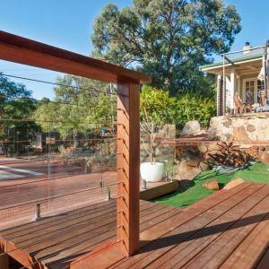 View Photo: Timber Balustrade Systems