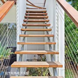 View Photo: Wire and timber handrails 2