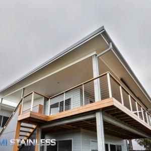 View Photo: Wire balustrade decking