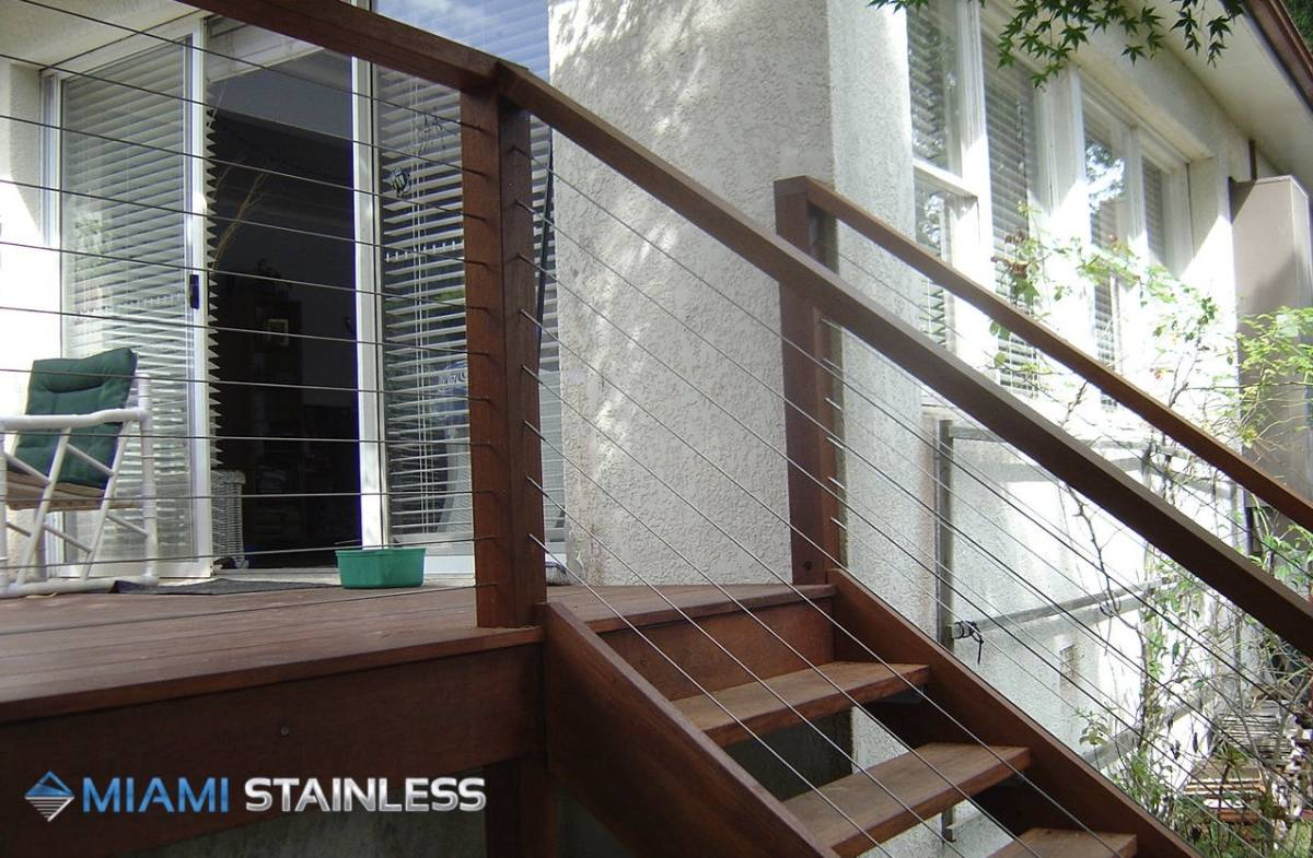 View Photo: Wire Staircase