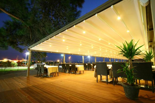 View Photo: Sunlux Retractable Pergola