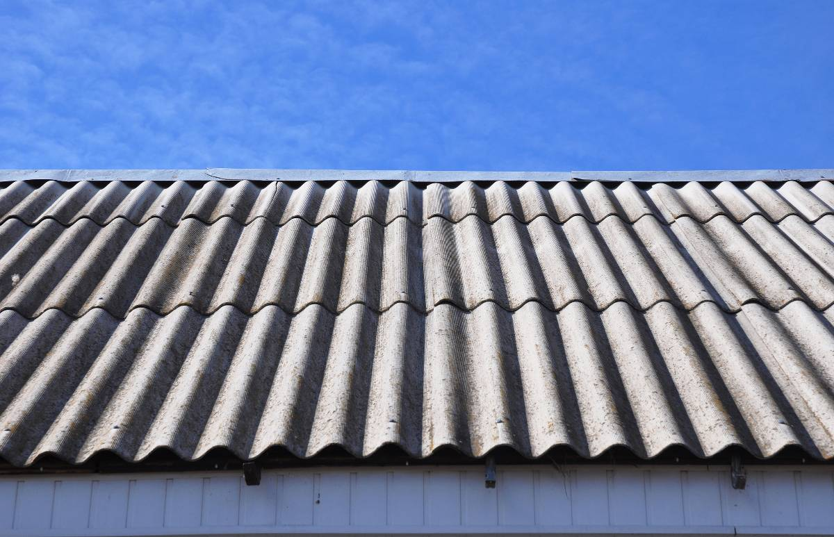 Asbestos Roof Replacement & Removal Brisbane