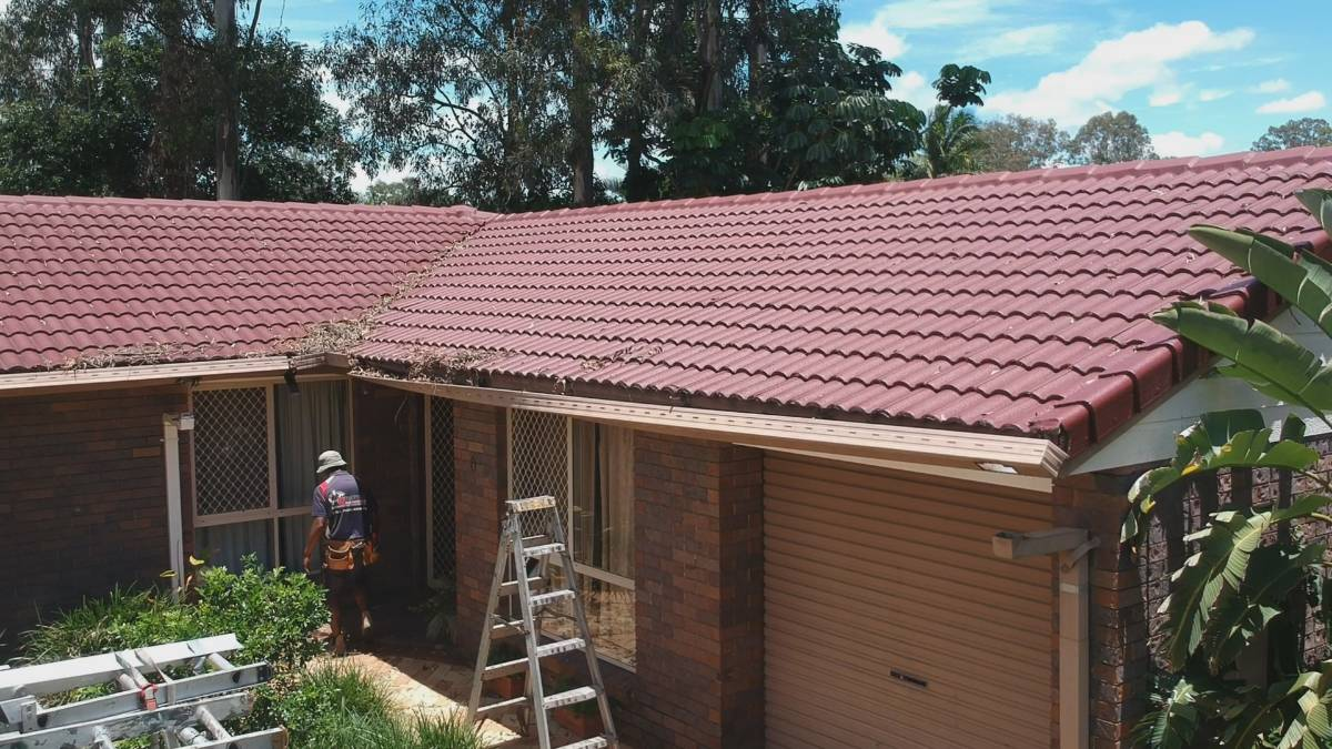 View Photo: Guttering Springwood Brisbane – Ozroofworks