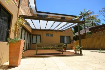 View Photo: Flat Roofed Patio